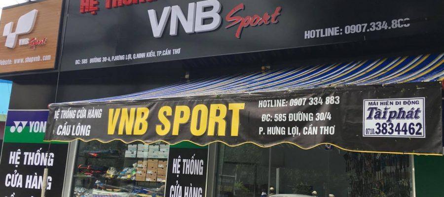 Được xem là nơi cung cấp giá vợt cầu lông tốt nhất thị trường. Ảnh: ShopVNB.