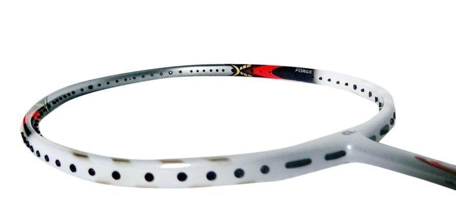 Apacs Nano 900 Power - vợt cầu lông giá khoảng 500k tốt nhất hiện nay. Ảnh: Internet.