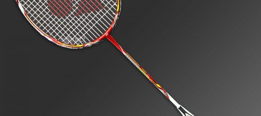 Đánh giá vợt cầu lông Yonex nanoray 300 NEO chỉ 3 từ - rất tuyệt vời. Ảnh: Internet.