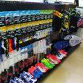 Các sản phẩm được trưng bày tại Shop cầu lông VNB Quận 7. Ảnh: Internet.